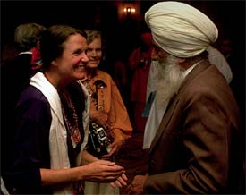 Interfaith culture usually begins with new friends. Photo: CPWR