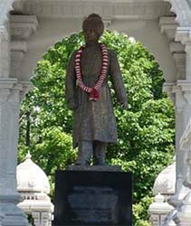 Vivekananda's fame, exemplified by this stature of him at the Hindu Temple of Chicago, has overshadowed the important contribution of other Asian leaders at the 1893 Parliament.