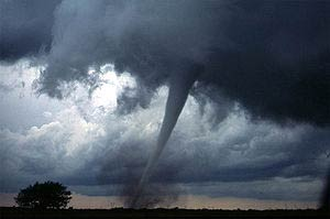 A tornado in Oklahoma Photo: thefullwiki.org