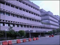 The Philippines Senate building Photo: en.wikipedia