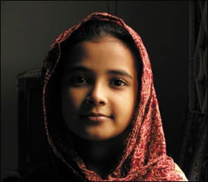 A Muslim child – Photo:  Aman Ahmed Khan  / Shutterstock
