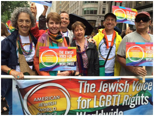 Ruth Messinger (on the l.), marching in the 2015 New York Pride Parade – Photograph: Twitter