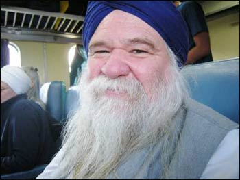 Nirinjan Singh Khalsa – Photo: Ruth Broyde Sharone