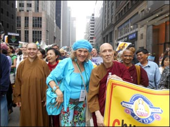 Ruth walking with members of a Buddhist community. – Photo: GreenFaith