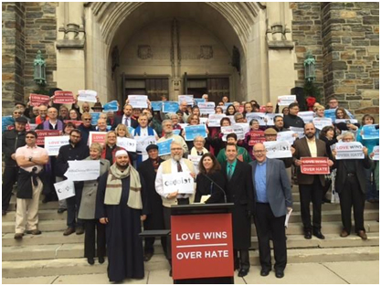 Representatives of Columbus, Ohio's Christian, Jewish, and Muslim communities gathered at First Congregational Church in Columbus on December 10, 2015 to denounce GOP presidential candidate Donald Trump's anti-Muslims remarks. – Photo: First Congregational Church, Facebook