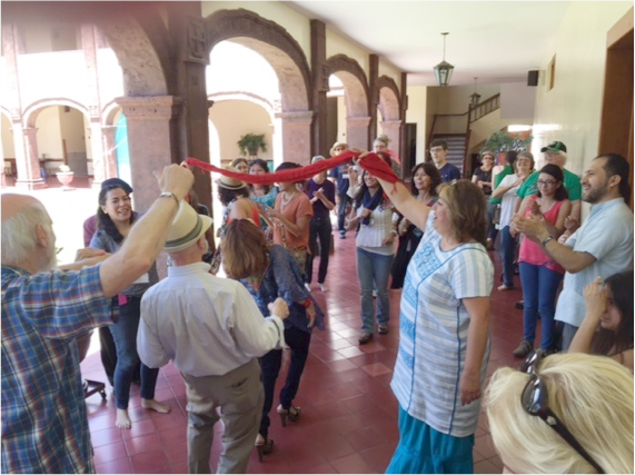 At the end of NAINConnect, a mariachi troupe showed up and people started dancing in the halls. – Photo: TIO