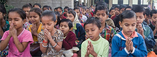 Morning interfaith prayer service – Photo: Manav Sadhna