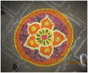 Flower Rangoli: Wikimedia Commons, Katyare