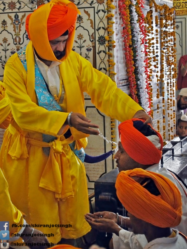 Sikhs are often confused with Muslims and, as a result, have suffered violence and oppression from Islamophobes. Unlike Islam, Sikh turbans are a part of their religious tradition. – Photo: Flickr,  S. Kiranjot Singh Malhotra , Cc. 2.0