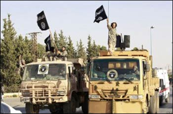 IS troops rolling into Syria's Raqqa province. – Photo: World Tribune