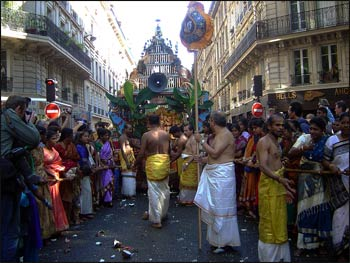 A Hindu Ganesh festival sponsored by the Sri Lankan Tamil community in Paris. – Photo: Wikipedia