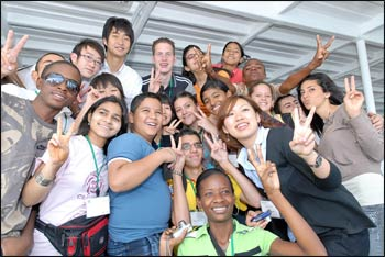 Young people from the Global Network of Religions for Children, which Rev. Miyamoto helped found – Photo: GNRC