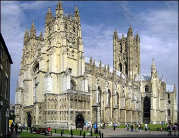 Canterbury Cathedral, the seat of the Church of England – Photo: Wikipedia
