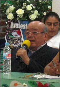 Bishop Samuel Ruiz Garcia speaking at a rally for Mayan indigenous rights. – Photo: Wikipedia