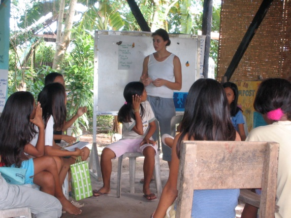 In a Filipino classroom – Courtesy of Frederica Helmiere