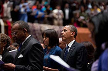 The President and Mrs. Obama worshiping in an African Methodist Episcopal church in Washington, DC – Photo: Wikipedia