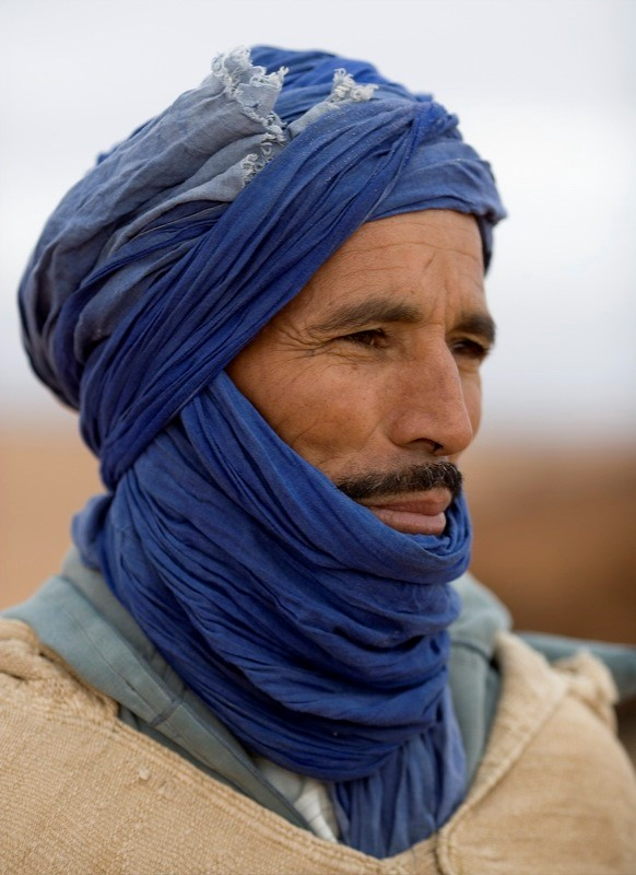 "Nomadic Berber, ""blue man,"" in Morocco – Photo: Wikimedia"