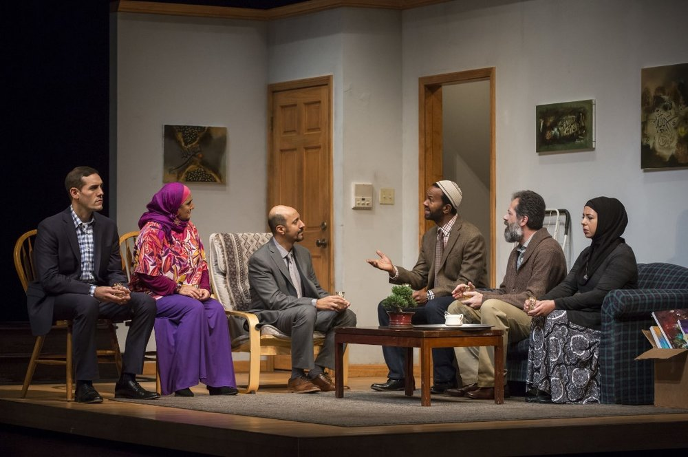 A scene from Yasmina's Necklace at Goodman Theater – Photo: INTER