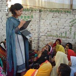 Sister Zeph teaching – Photo:    World Pulse