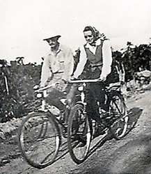 John Petach, Jr. & Emma Foster