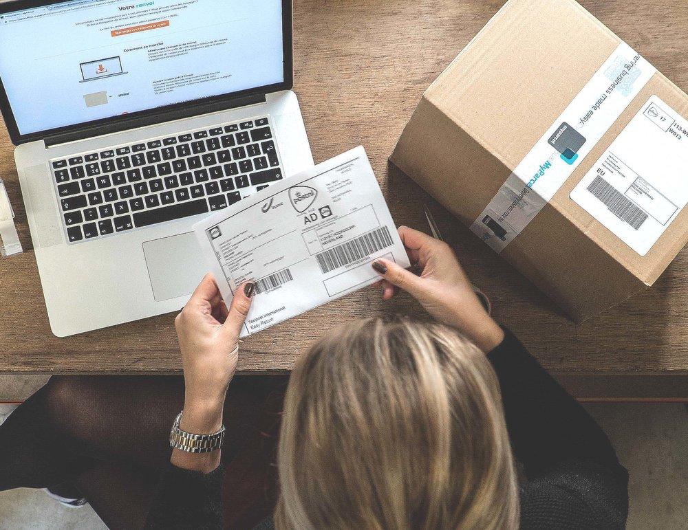 MyParcel Europese retourservice: klant stuurt eenvoudig een pakket retour.jpg
