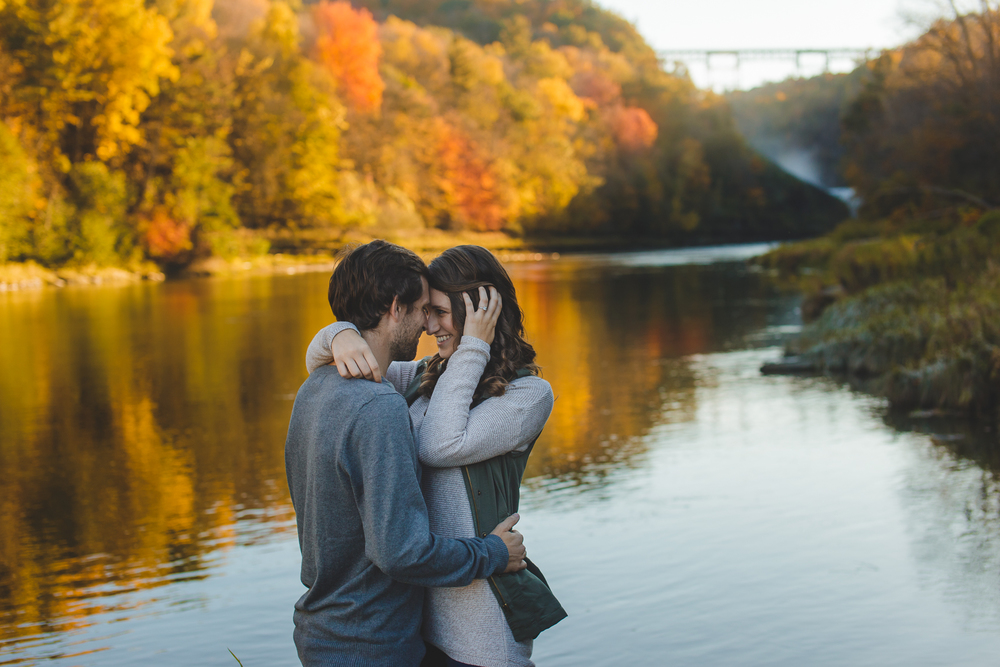 Buffalo Fall Engagement Portrait Photographer_007.jpg