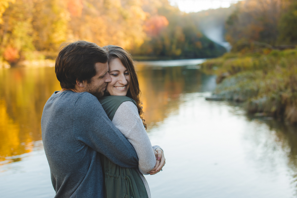 Buffalo Fall Engagement Portrait Photographer_008.jpg