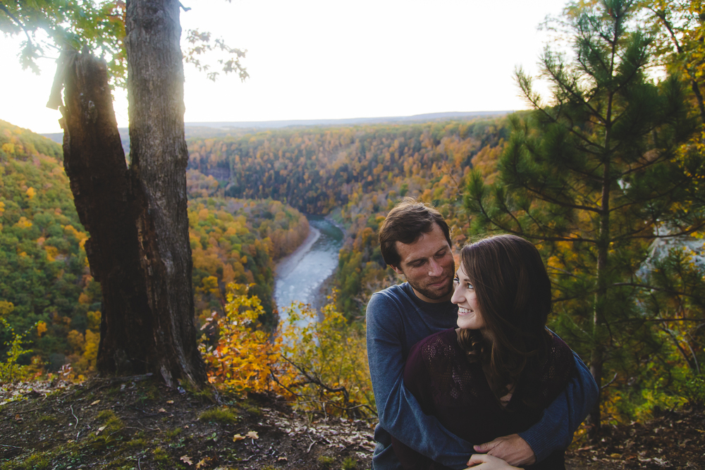 Buffalo Fall Engagement Portrait Photographer_017.jpg