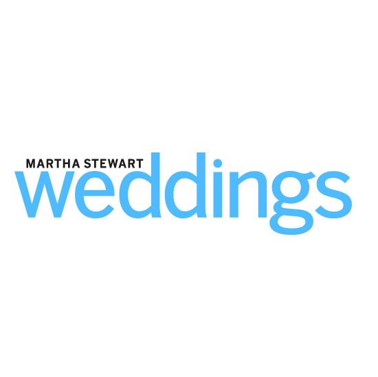 """""""5 Online Wedding Registries That Help You Put Together Your Wish List Without Leaving Home""""    READ MORE ON MARTHA STEWART WEDDINGS"""