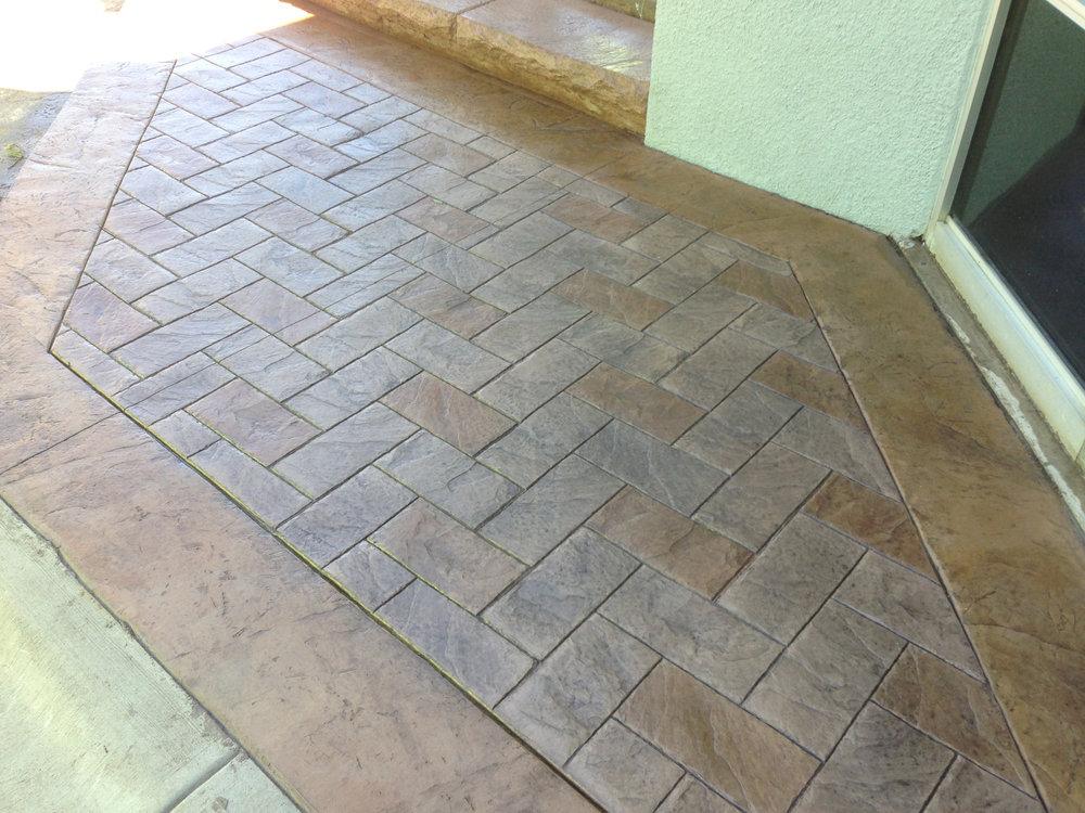 Brickform Large Herringbone FM1700, Solomon Colors Rawhide, Brickform RA Smokey Beige, Artesian Stains, GemSeal