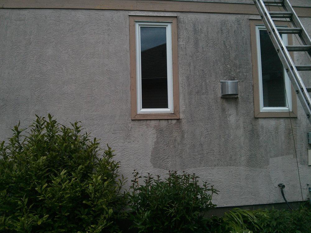 Stucco washing in Maple Ridge.jpg