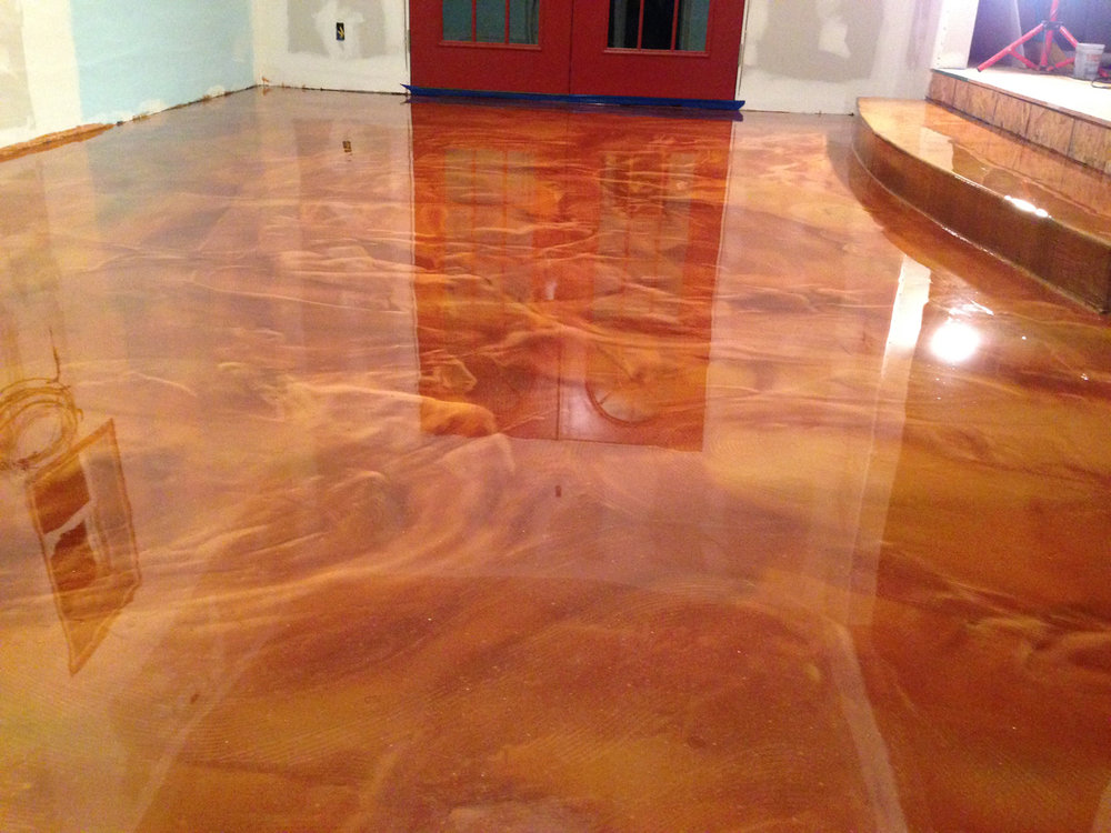 Color enhancer epoxy floor