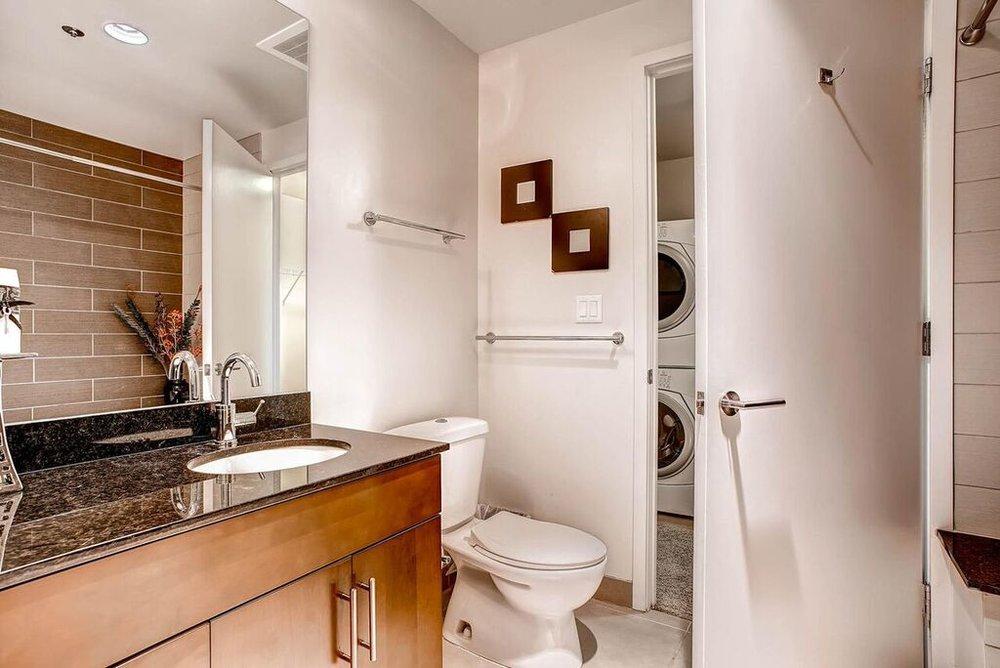 08_Bathroom_1.jpg