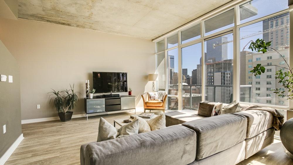 3Spire #1715 Living Room(2).jpg