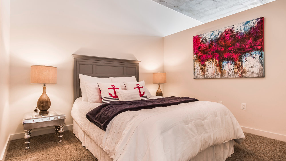 Spire #2505 Bedroom.jpg