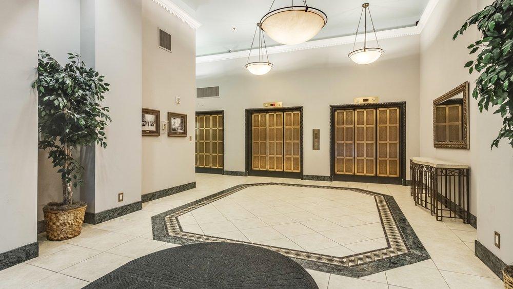 14_444 17th St. #1008 Lobby.jpg