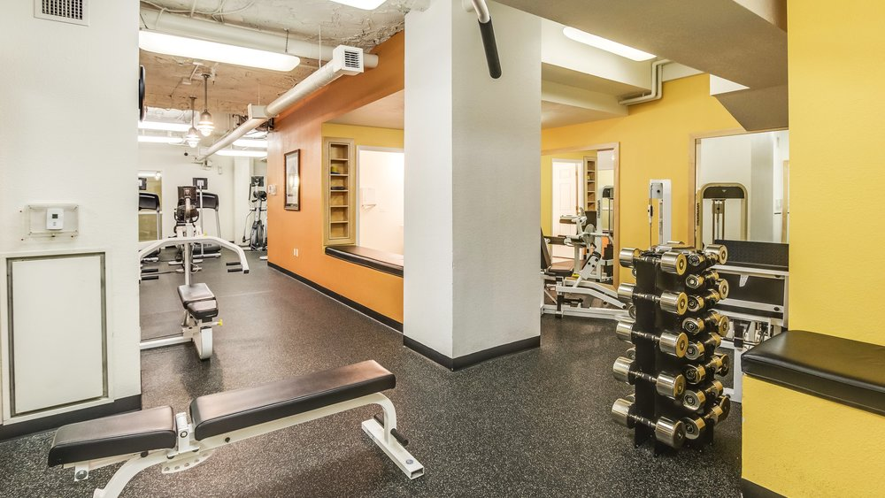 16_444 17th St. #1008 Work Out Room.jpg