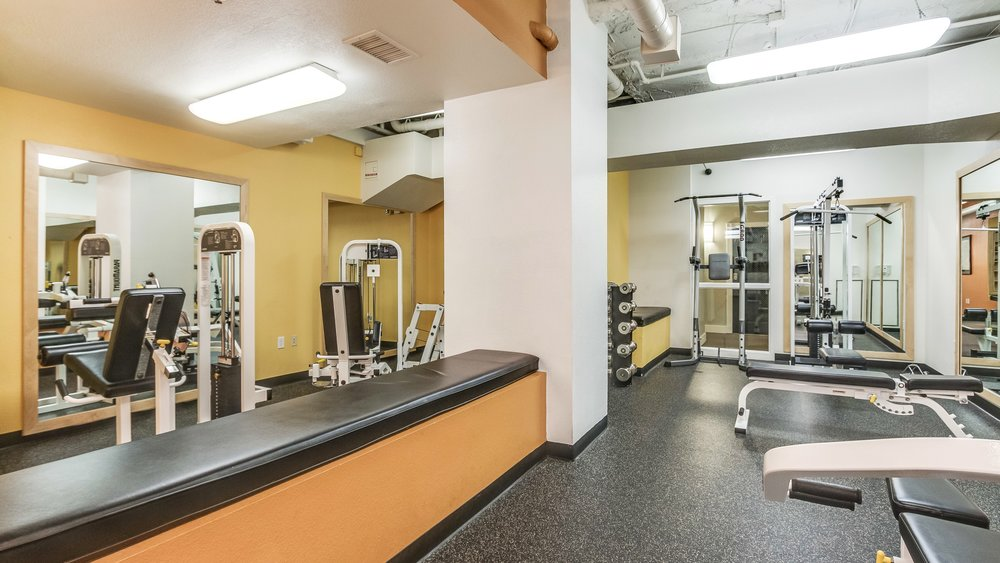 18_444 17th St. #1008 Work Out Room.jpg