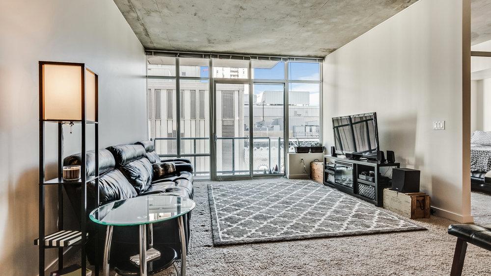 02_Spire 1407 Living Room (4).jpg