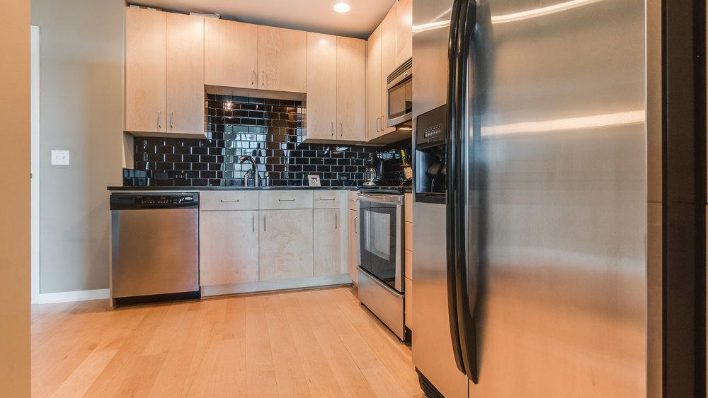 06_Glasshouse Kitchen  #1320 (3).jpg