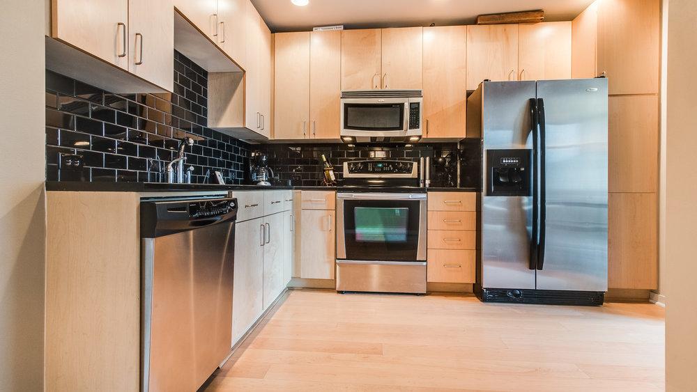 07_Glasshouse Kitchen  #1320 (2).jpg