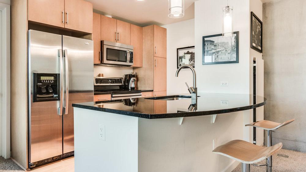 0.6 Spire 2116 Kitchen (8).jpg