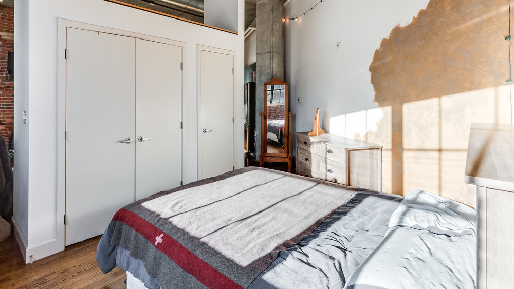 10-2500 Walnut Bedroom View(1).jpg