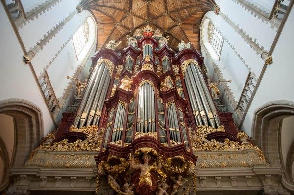 Inside the St.-Bavokerk.