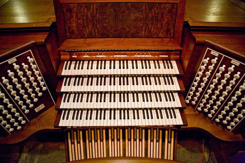 0517 Duke Chapel Aeolian Organ 10-29-08.jpg