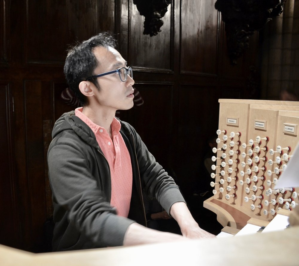 Dennis Chan plays Carillon de Westminster by Louis Vierne at Notre Dame de Paris - Boston Organ Studio