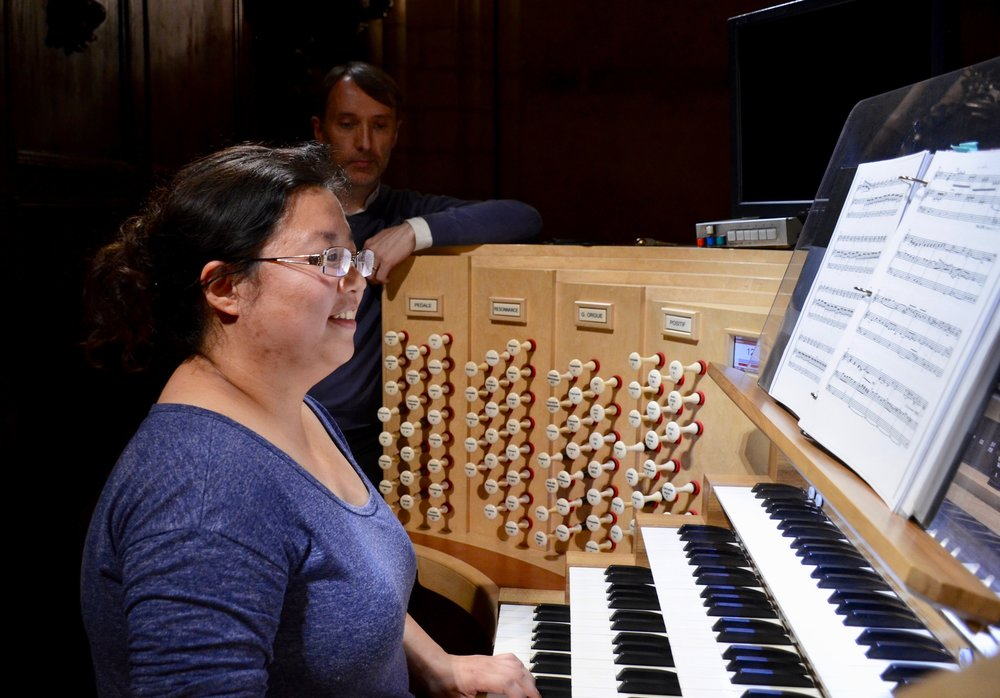 Jennifer Hsiao playing at Notre Dame de Paris - Boston Organ Studio