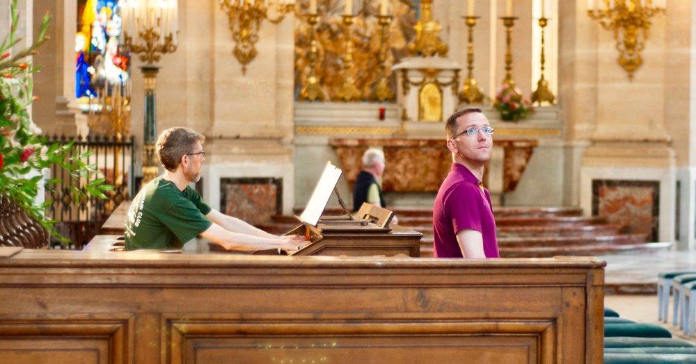 Chris Porter plays the Choir Organ at Saint Louis