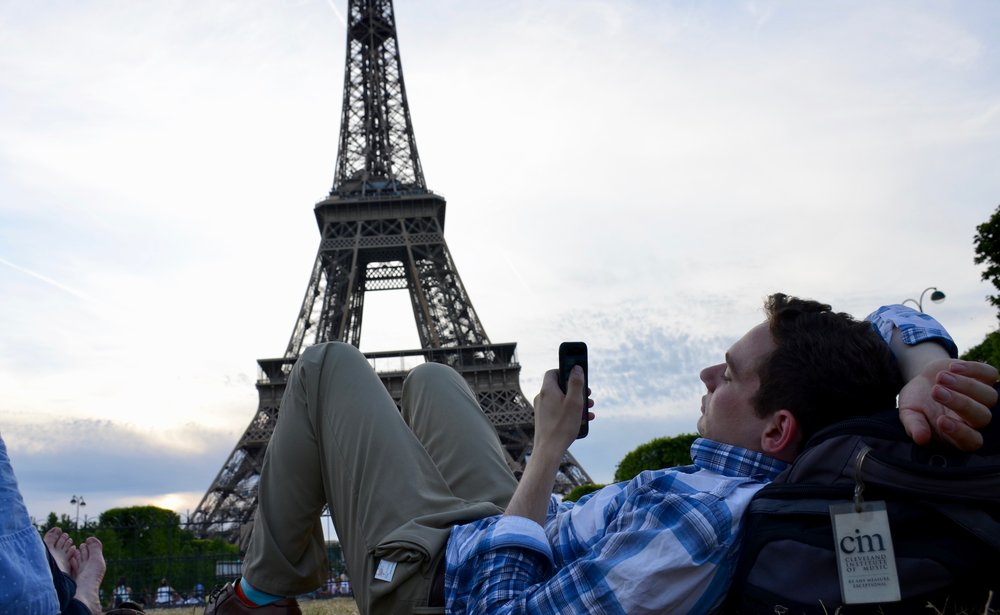 David taking pictures of the Eiffel Tower