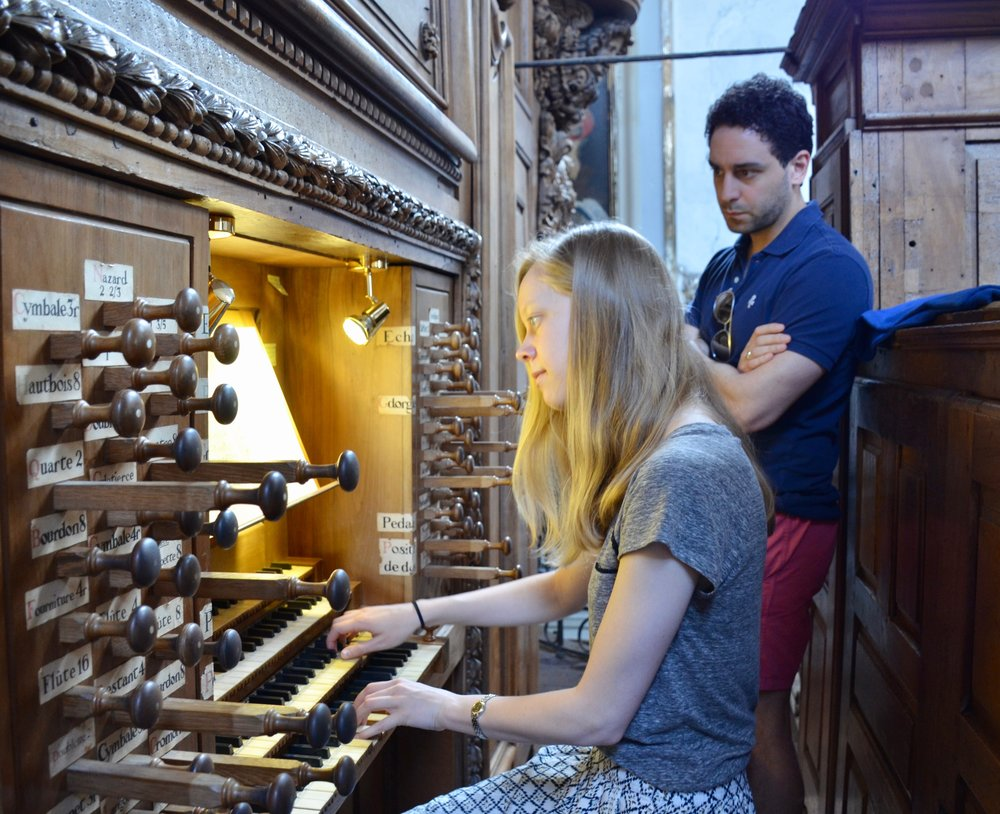 Laura Gullett plays the organ at St Pierre des Chartreux, Toulouse